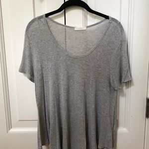 gray flowy top